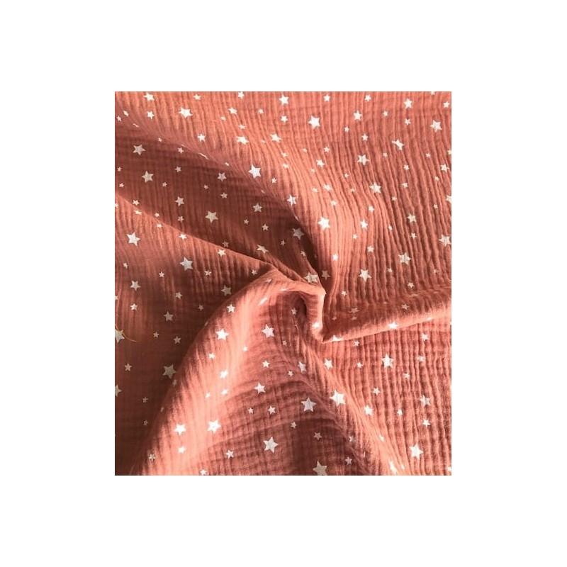 MUŚLIN bawełniany gwiazdki białe na ceglastym...