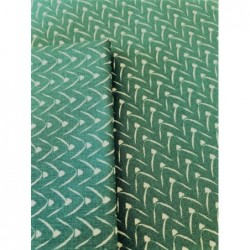 Bawełna TIPI GÓRY białe na zielonym z domieszką...