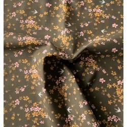 Bawełna SHIMA jaskółki kwiatki drobne różowe...