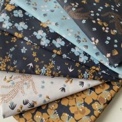 Bawełna HYSOPE kwiatki oliwkowe niebieskie...
