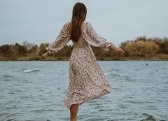 Uszyj sukienkę z wiskozy!